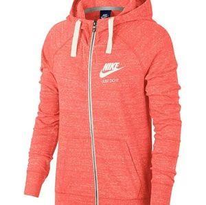 New with tags Nike zip up vintage hoodie jacket